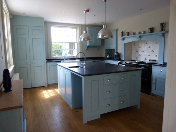 Slate blue kitchen cabinets for Duck egg blue kitchen units